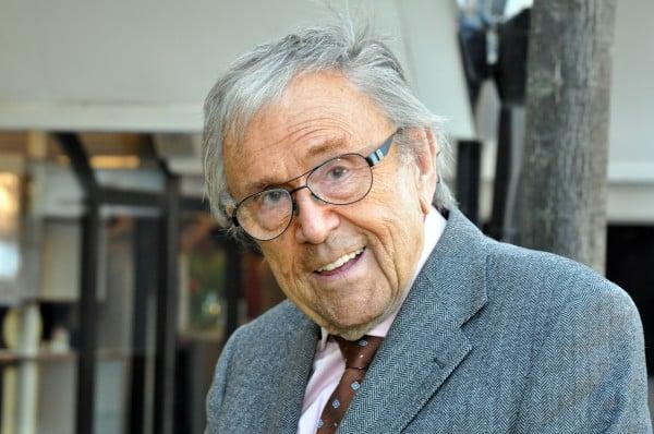 Arne Weise uttalar sig om Mårtens nya show HYBRIS (imitation)